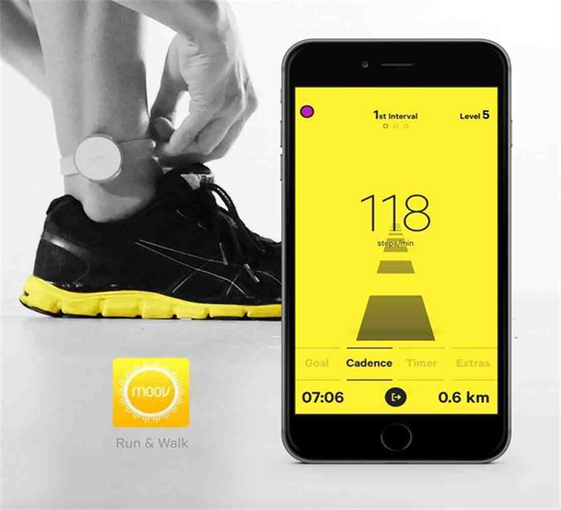 Moov Smart Fitness Coach and Tracker - Black| Blink Kuwait