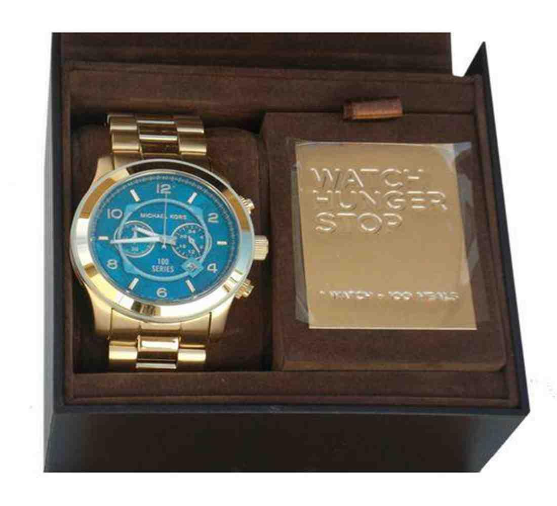 e51da82ef72f ... Michael Kors MK8315 Watch Hunger Stop Oversized 100 Series Gold Watch